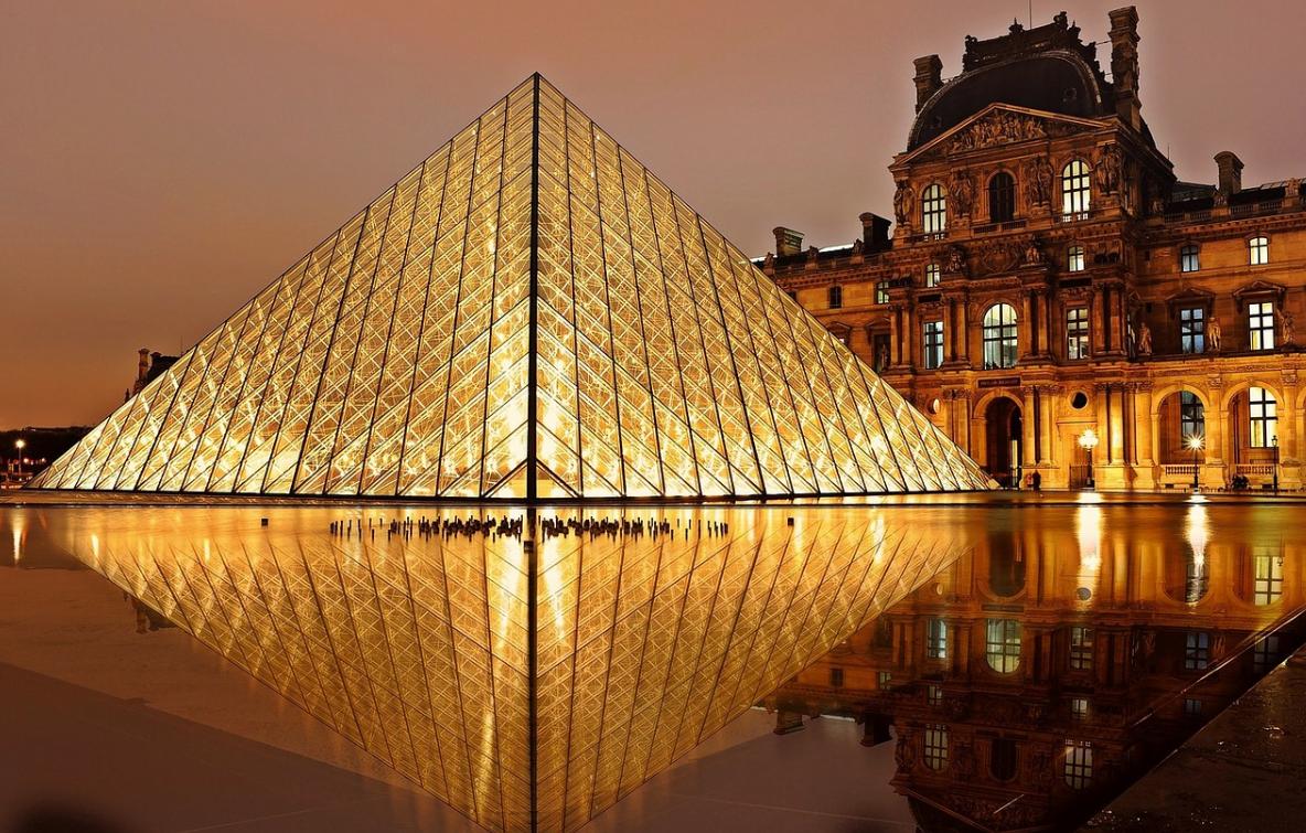 Louvre ve Francii