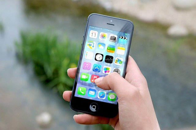 chytrý mobilní telefon